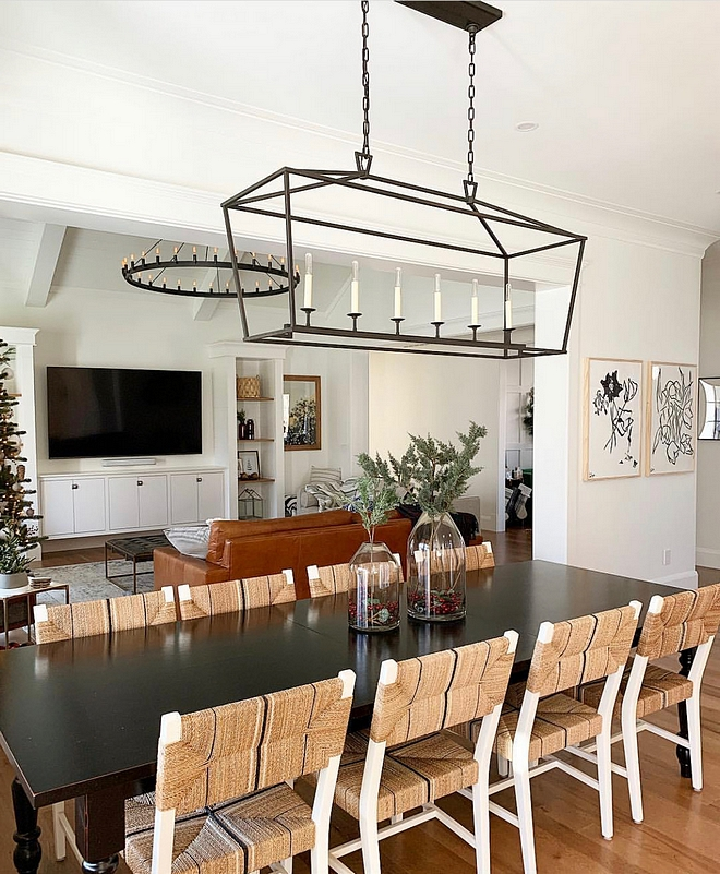 Dining room and living room lighting combination Dining room and living room lighting combination ideas see sources on Home Bunch Dining room and living room lighting combination #Diningroomlighting #livingroomlighting #lightingcombination #lighting