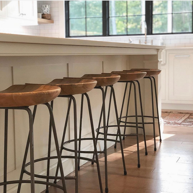 Modern farmhouse counterstool clean-looking metal base wood seat counterstool Affordable counterstools #counterstool #Modernfarmhouse farmhousecounterstool #metalbasewoodseatcounterstool #affordablecounterstool