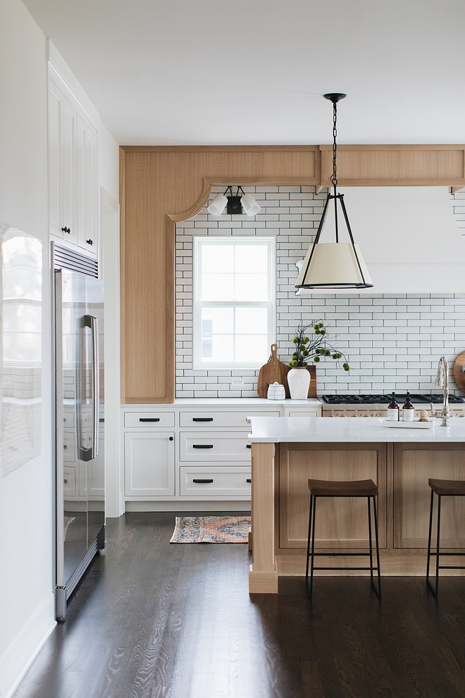 Kitchen Cabinetry Style Painted inset custom designed and crafted cabinetry with Quarter Sawn Oak Kitchen Cabinetry Style Kitchen Cabinetry Style #Kitchen #CabinetryStyle #KitchenCabinetryStyle #Paintedinsetcustomdesignedcabinet #cabinetry #QuarterSawnOak