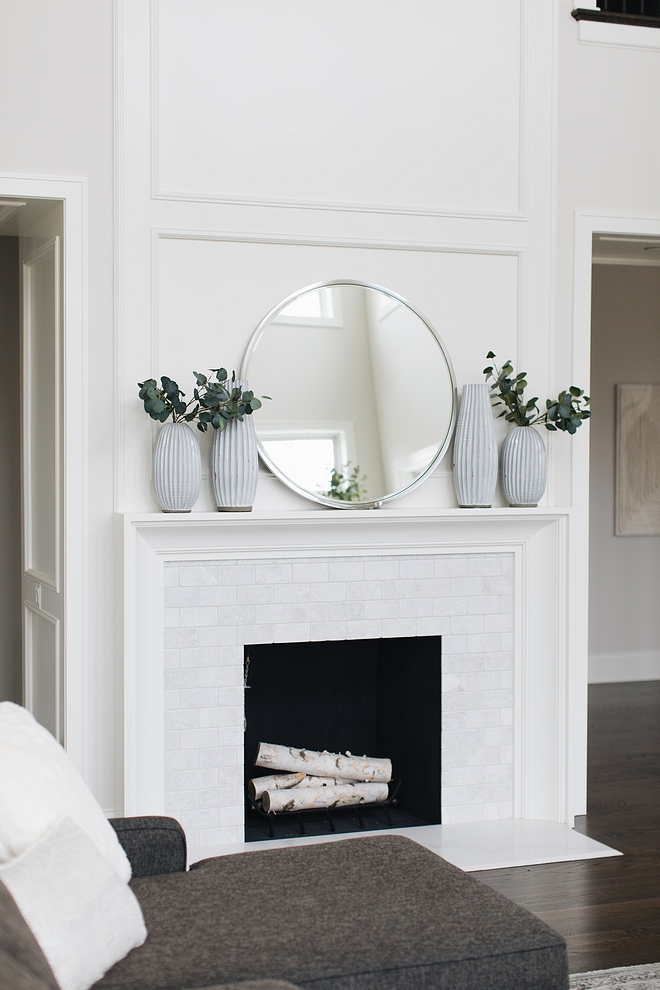 Benjamin Moore Simply White Fireplace Millwork Benjamin Moore Simply White Trim Benjamin Moore Simply White Benjamin Moore Simply White #BenjaminMooreSimplyWhite