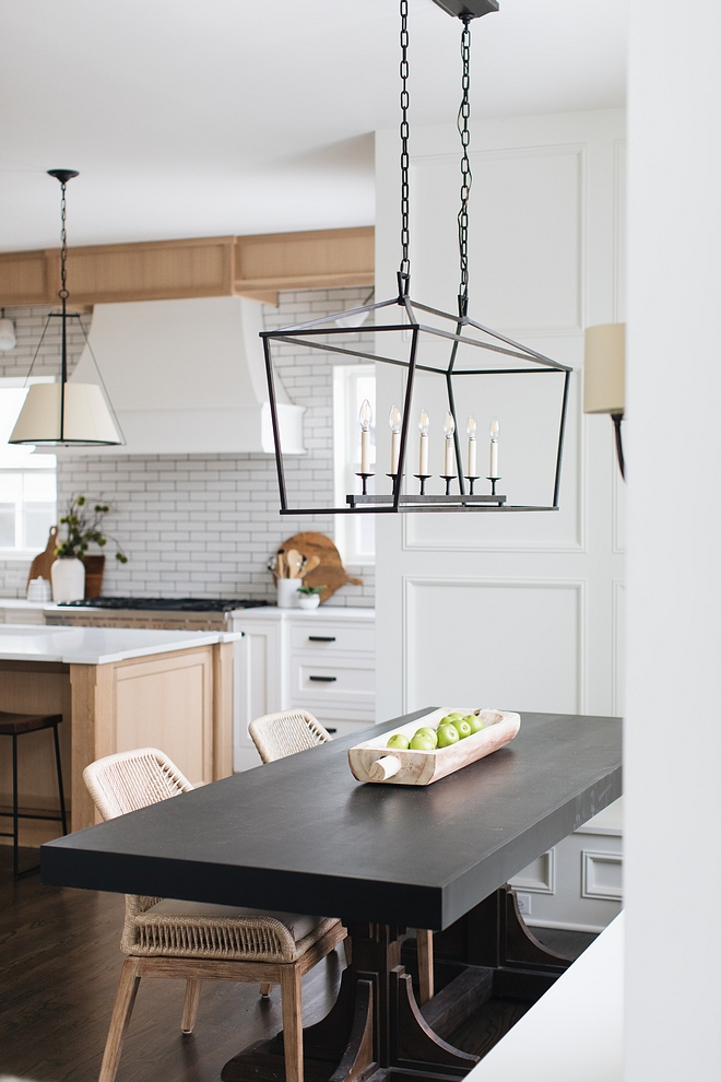 Breakfast Room Lighting Black matte linear chandelier Breakfast Room Lighting Breakfast Room Lighting ideas #BreakfastRoom #Lighting #Blackmattelighting #linearchandelier