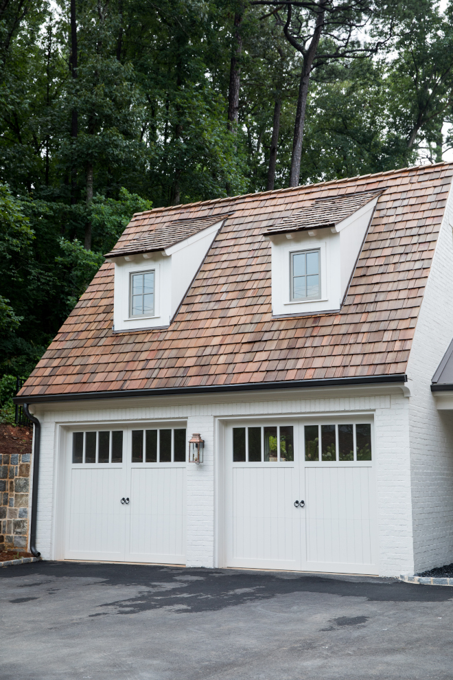 Painted Brick Detached Garage Benjamin Moore Soft Chamois Painted Brick Detached Garage Benjamin Moore Soft Chamois Paint Color Painted Brick Detached Garage Benjamin Moore Soft Chamois #PaintedBrick #Garage #BrickGarage #DetachedGarage #BenjaminMooreSoftChamois
