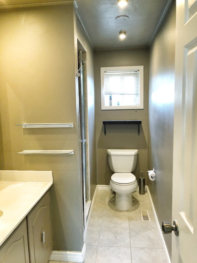 Before bathroom photo renovation Before: This bathroom is quite small and having a closed-in shower made this room feel even smaller and dark See after photo on Home Bunch #beforeandfater #bathroom