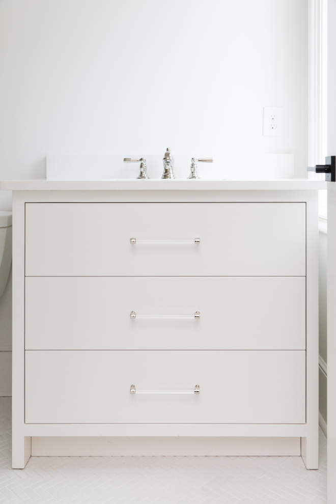 Vanity Acrylic Pulls Vanity is custom with White Mist quartz countertop #vanity #acrylicpulls #bathroom