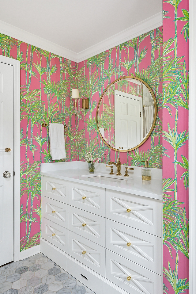 Trim and cabinetry paint color is Benjamin Moore Super White Bathroom Trim and cabinetry paint color is Benjamin Moore Super White #Trim #cabinetry #paintcolor #BenjaminMooreSuperWhite