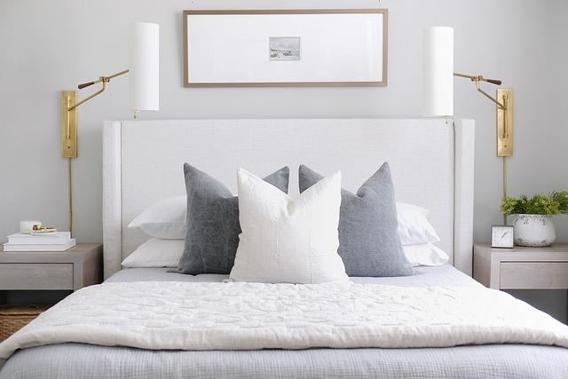 Simple bedding ideas Neutral simple bedding #Simplebeddingideas #Neutralbedding #bedding