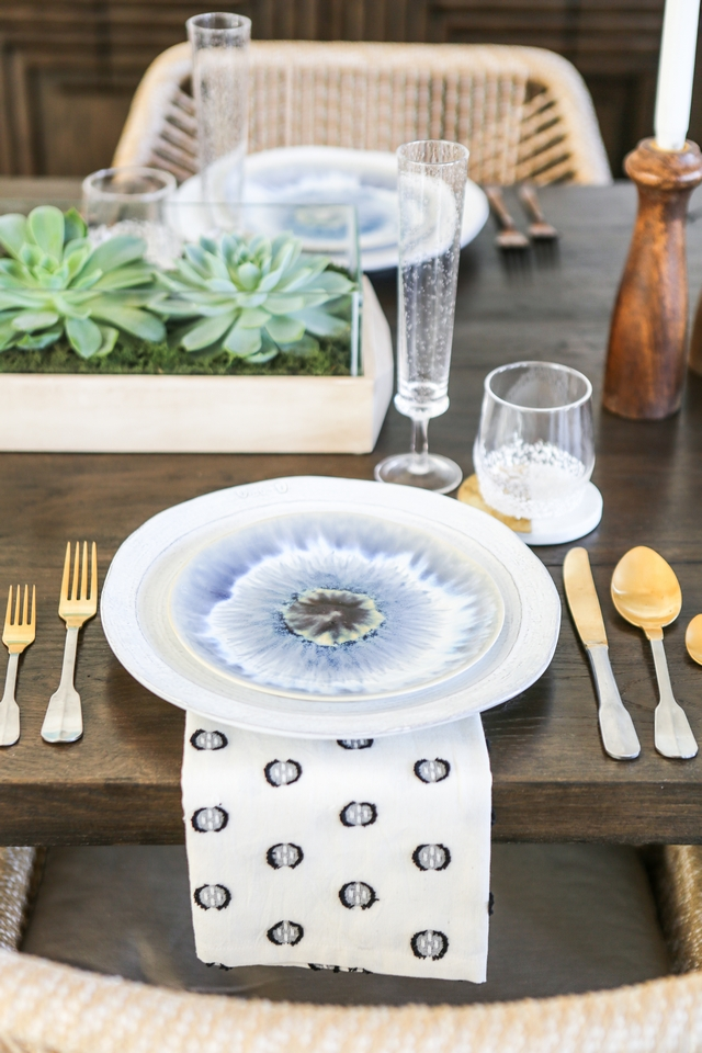 Tabletop plates decor Cutlery ideas Summer Spring Tabletop plates decor Cutlery Ideas #Tabletop #plates #tabletopdecor #Cutlery