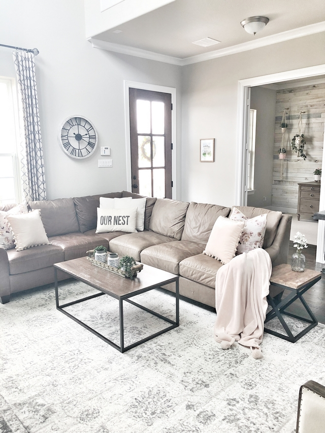 Farmhouse Living room with leather sectional Farmhouse Living room with leather sectional Farmhouse Living room with leather sectional Farmhouse Living room with leather sectional Farmhouse Living room with leather sectional #FarmhouseLivingroom #leathersectional