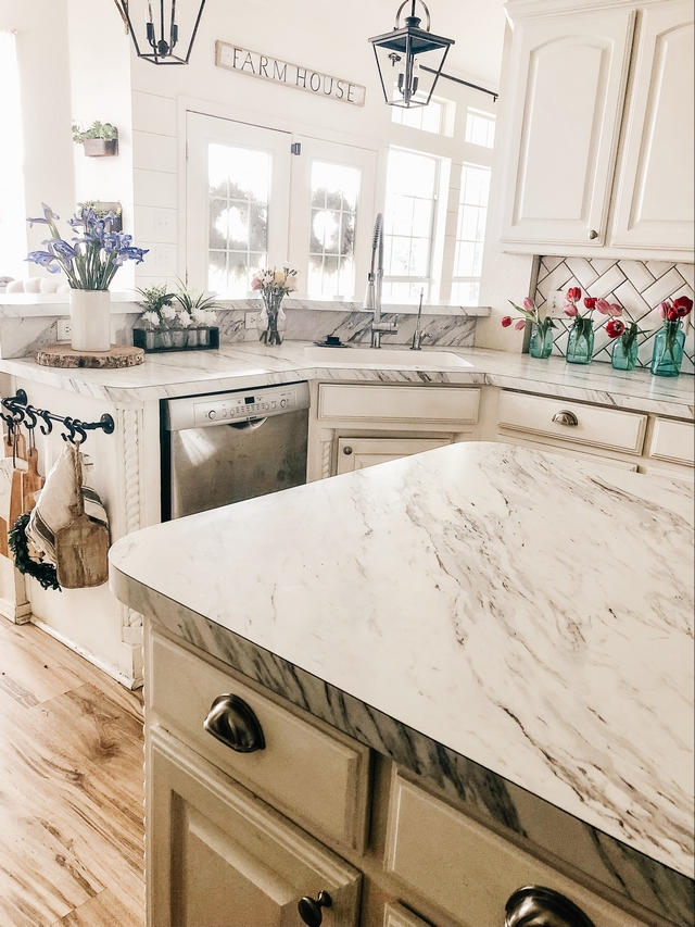 Laminate kitchen countertop Renovating a farmhouse kitchen Laminate kitchen countertop Laminate kitchen countertop Laminate kitchen countertop #Laminatekitchencountertop #Laminatecountertop