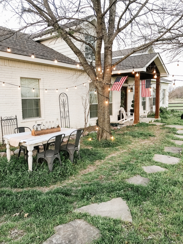 Real farmhouse This real farmhouse house tour might make you want to leave your city life and move to a farmhouse far away from all the noise #farmhouse #Realfarmhouse #housetour