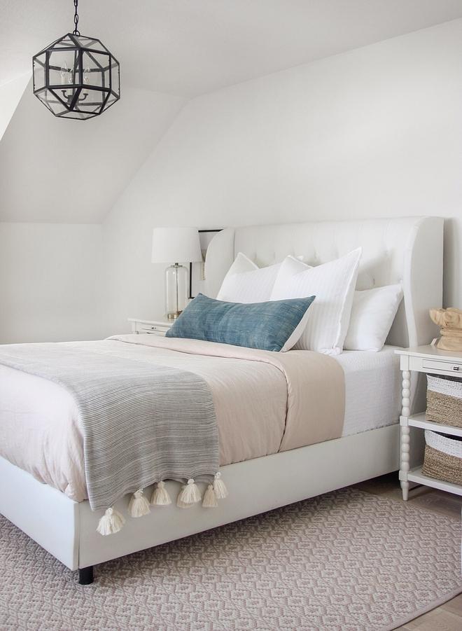 White master bedroom White master bedroom color scheme White master bedroom bedding White master bedroom bed White master bedroom decor #Whitemasterbedroom #masterbedroom #whitebedroom