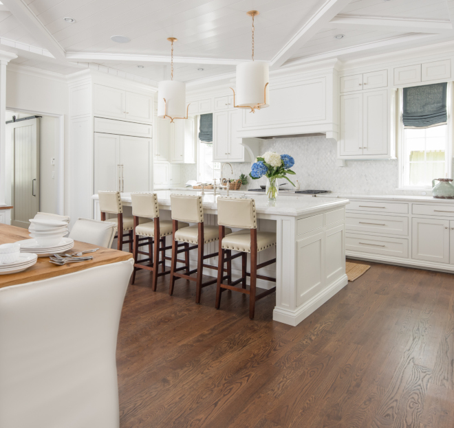 Kitchen island Traditional Kitchen Island with inset cabinets and sides White kitchen island Traditional white kitchen with white island #Kitchenisland #TraditionalKitchenIsland #insetcabinets #Whitekitchenisland #whitekitchen #Traditionalwhitekitchen #traditionalkitchen
