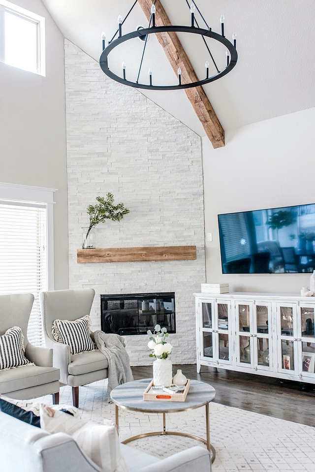 White stacked stone on fireplace We knew we always wanted to update our fireplace after we moved it. I love a stone featured fireplace but wanted something neutral and modern White stacked stone on fireplace White stacked stone on fireplace White stacked stone on fireplace #Whitestackedstone #fireplace