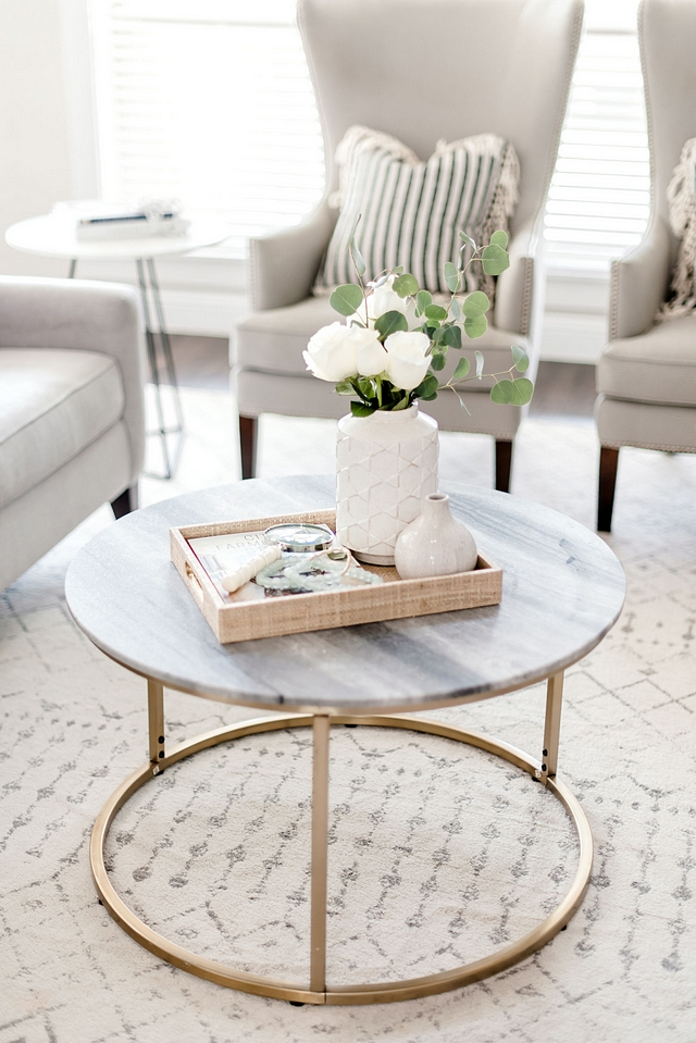 White marble Coffee Table Neutral, timeless and beautiful White marble Coffee Table White marble Coffee Table #WhitemarbleCoffeeTable #Whitemarble #CoffeeTable