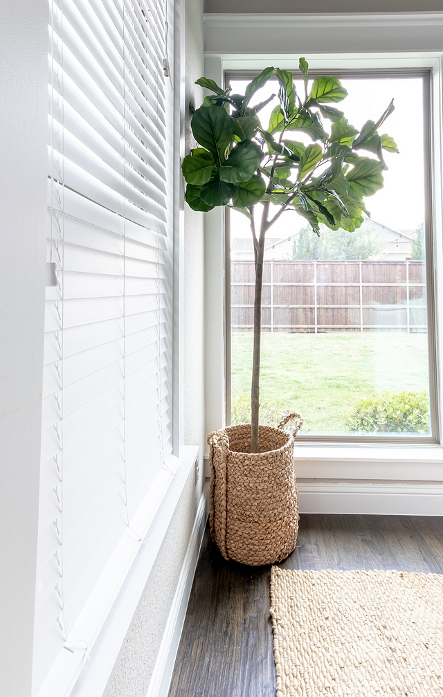 Faux fiddle leaf fig tree Interiors with Faux fiddle leaf fig tree Home Ideas Faux fiddle leaf fig tree Faux fiddle leaf fig tree #Fauxfiddletree #Fauxfiddleleaffigtree #interiors