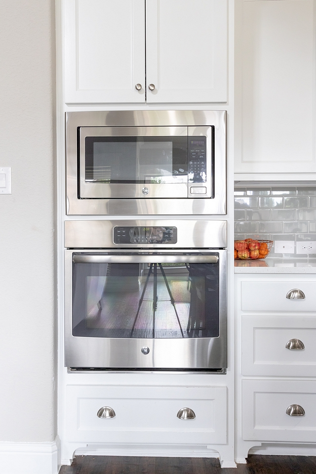Kitchen wall oven combination
