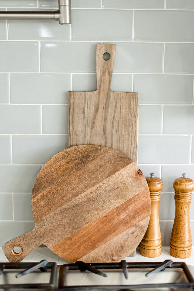 Kitchen Display Wood Board How to decorate a kitchen to sell your home fast Kitchen Display Wood Board Kitchen Display Wood Board Kitchen Display Wood Board #KitchenDisplay #WoodBoard #kitchen #howtodecorate #howtosellhomes