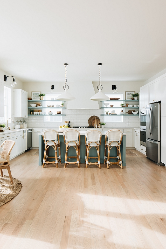 Coastal Farmhouse Kitchen Coastal Farmhouse Kitchen New kitchen Coastal Farmhouse Kitchen New Coastal Farmhouse Kitchen Design Ideas #CoastalFarmhouseKitchen #newkitchen #kitchendesign