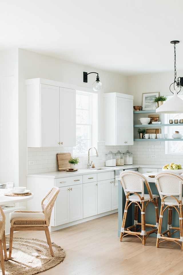 Benjamin Moore Classic Grey Wall color is Benjamin Moore Classic Grey Neutral paint color for kitchens Benjamin Moore Classic Grey #BenjaminMooreClassicGrey #neutralpaintcolor #kitchenpaintcolor