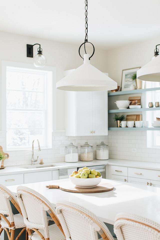 Caesarstone Organic White Countertop is Caesarstone's new color; Organic White Caesarstone Organic White #countertop #kitchenCountertop #CaesarstoneOrganicWhite #Caesarstone #OrganicWhite
