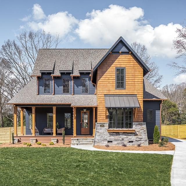 cool modern farmhouse exterior | Dark Exterior Farmhouse - Home Bunch Interior Design Ideas
