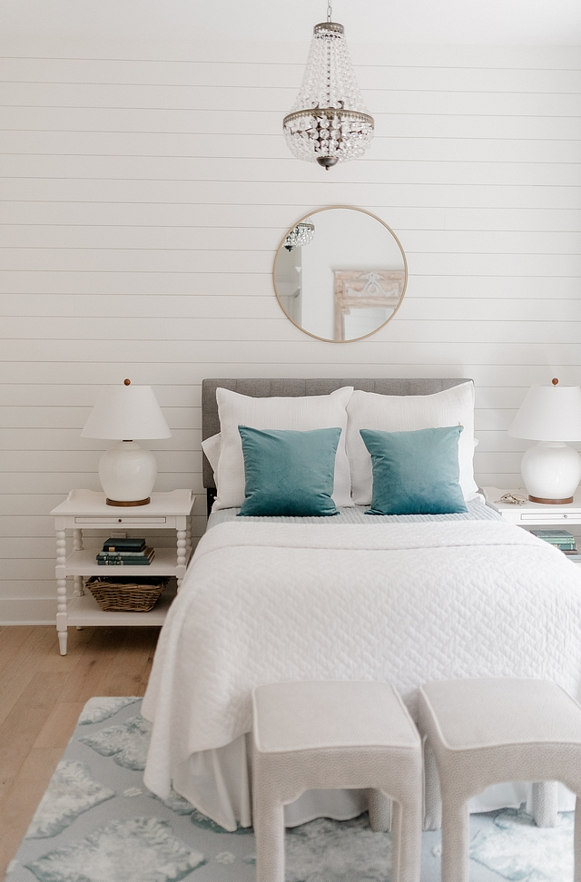 Sherwin Williams Alabaster is a best-selling white paint color and it works beautifully on shiplap Sherwin Williams Alabaster shiplap Sherwin Williams Alabaster shiplap Sherwin Williams Alabaster shiplap Sherwin Williams Alabaster shiplap #SherwinWilliamsAlabaster #shiplap