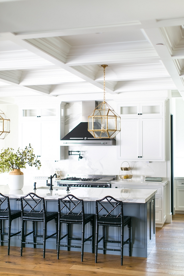 Sherwin Williams Grizzle Gray Sherwin Williams Grizzle Gray Sherwin Williams Grizzle Gray #SherwinWilliamsGrizzleGray #interiordesign #interiors #cabinetry #paintcolor