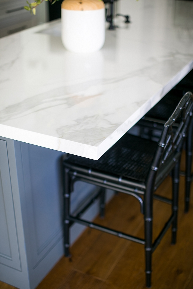 The kitchen countertop is Neolith with straight edge mitered edge #kitchen #countertops #straightedge #miterededge