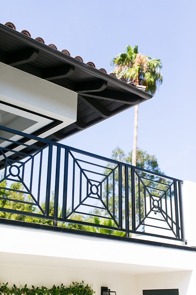Metal Railing Balcony with custom metal railing Outdoor metal railing Metal Railing Balcony with custom metal railing Outdoor metal railing desigbn Metal Railing Balcony with custom metal railing Outdoor metal railing inspiration #MetalRailing #Balcony #balconyrailing #railing #Outdoormetalrailing #Outdoorrailing