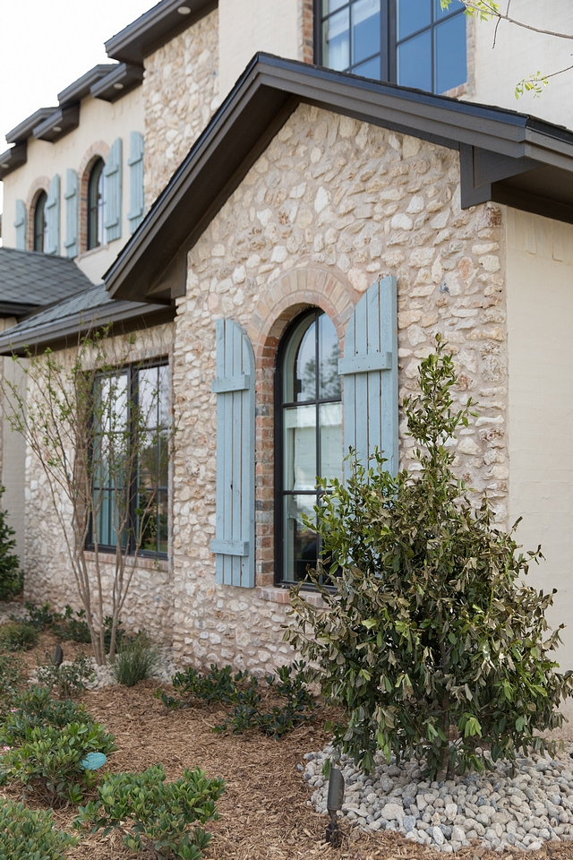 French home exterior with stone The exterior stone is castlerock stone in a mix of cream and white with white mortar Exterior stone French home exterior with stone French home exterior with stone French home exterior with stone #Frenchhome #exterior #exteriorstone
