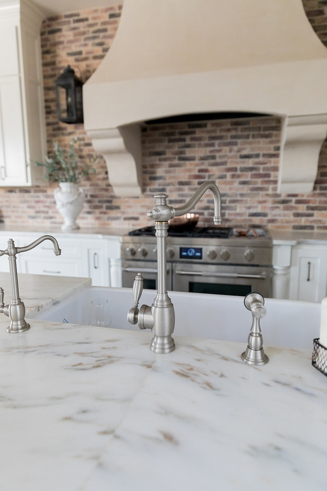 Traditional French Kitchen Faucet Single Handle Kitchen Faucet with Side Spray Traditional French Kitchen Faucet Single Handle Kitchen Faucet with Side Spray #Traditionalkicthenfaucet #faucet #kitchenfaucet #FrenchKitchen #SingleHandleKitchenFaucet #faucetwithSideSpray