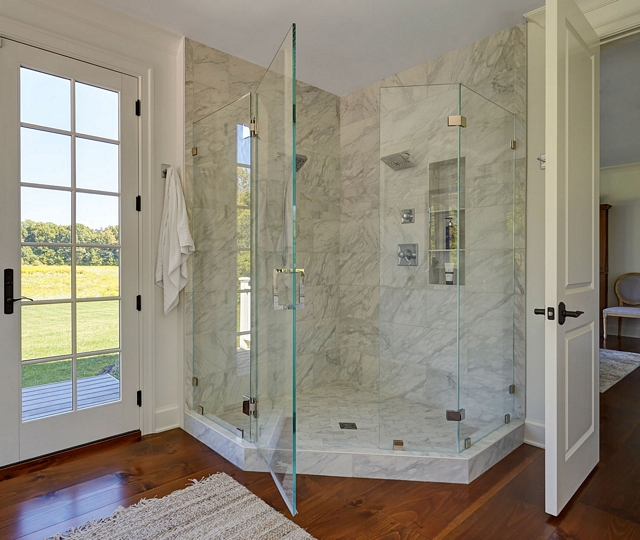 Mediterrania Marmol, Venatino Polished Shower Mediterrania Marmol, Venatino Polished tile in different patterns Mediterrania Marmol, Venatino Polished #MediterraniaMarmol #Venatino #Polishedmarble #tile #shower