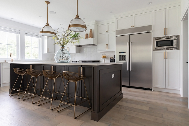 Benjamin Moore Iron Mountain Benjamin Moore Iron Mountain kitchen island paint color with white cabinets Benjamin Moore Iron Mountain island #BenjaminMooreIronMountain #kitchenisland #paintcolor #kitchen