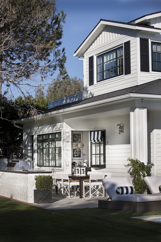 Sherwin Williams Pure White Exterior Sherwin Williams Pure White Exterior Home Paint Color with Black windows Black Doors and Black Shutters Sherwin Williams Pure White Exterior #SherwinWilliamsPureWhite #Exterior