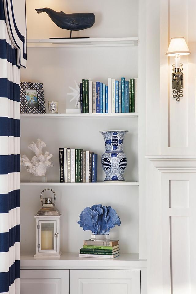 Coastal Bookshelf Decor Coastal Bookcase Decor Inspiration How to decorate your bookshelves Coastal Bookshelf Decor Coastal Bookcase Decor Inspiration How to decorate your bookshelves #CoastalBookshelfDecor #BookcaseDecor #BookshelfDecor