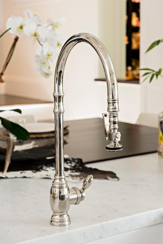 Kitchen faucet Classic Kitchen Faucet Traditional Kitchen Faucet Kitchen Faucet Single Handle with Pull Out Spray #kitchenfaucet #kitchen #faucet #KitchenFaucet #SingleHandlewithPullOutSprayFaucet