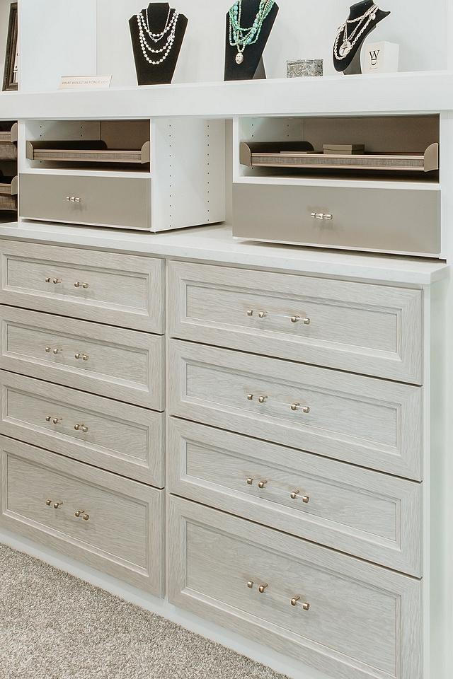 Grey Glazed Cabinet Finish Grey Glazed Cabinet Finish ideas Grey Glazed Cabinet Finish with acrylic hardware Grey Glazed Cabinet Finish #GreyGlazedcabinet #glazedCabinetFinish