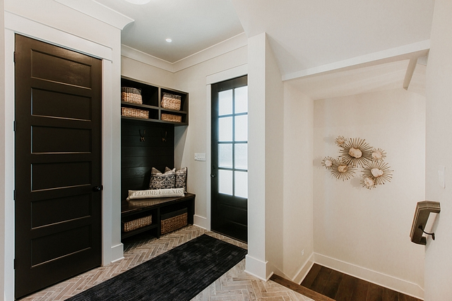 Black interior door paint color The black interior doors and black shiplap are painted in Sherwin Williams SW 7020 Black Fox Sherwin Williams SW 7020 Black Fox Black door paint door #SherwinWilliamsSW7020BlackFox #Blackinteriordoor #Doorpaintcolor