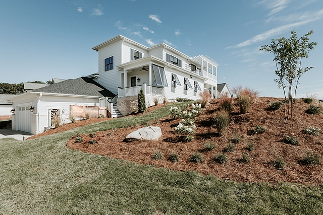 Sloped corner lot home This home is located on a slightly sloped corner lot Sloped corner lot home Sloped corner lot home design Sloped corner lot home #Slopedcornerlothome #Slopedlot #cornerlothome