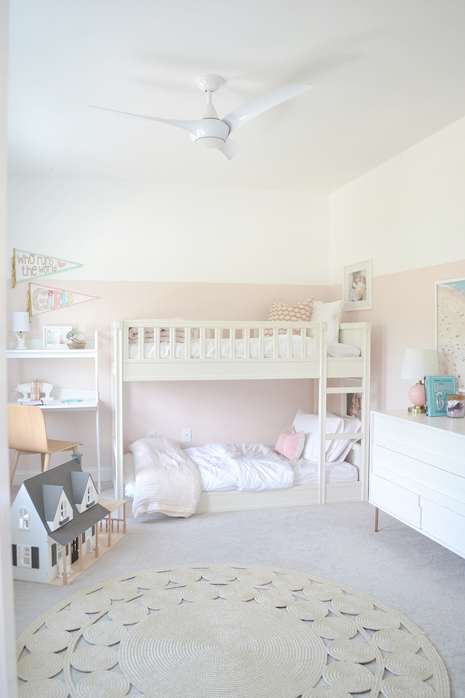 Two-toned walls for kids bedroom