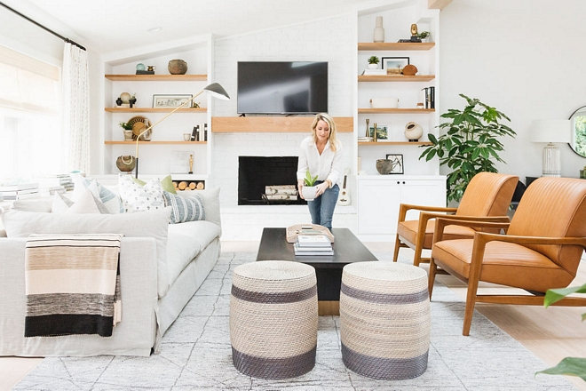 Modern Farmhouse Interior Design Ideas - Home Bunch Interior Design ...