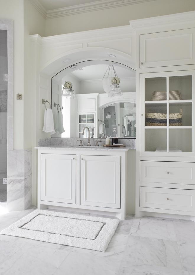 Bathroom cabinet in Benjamin Moore Swiss Coffee