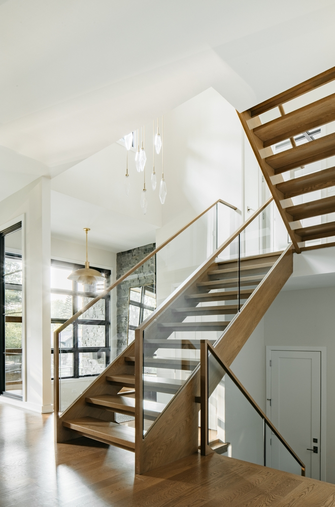 Modern Staircase Stain Color Wood Handrails, Treads and Risers are stained to match hardwood floor 50% Minwax Honey and 50% Minwax Country White
