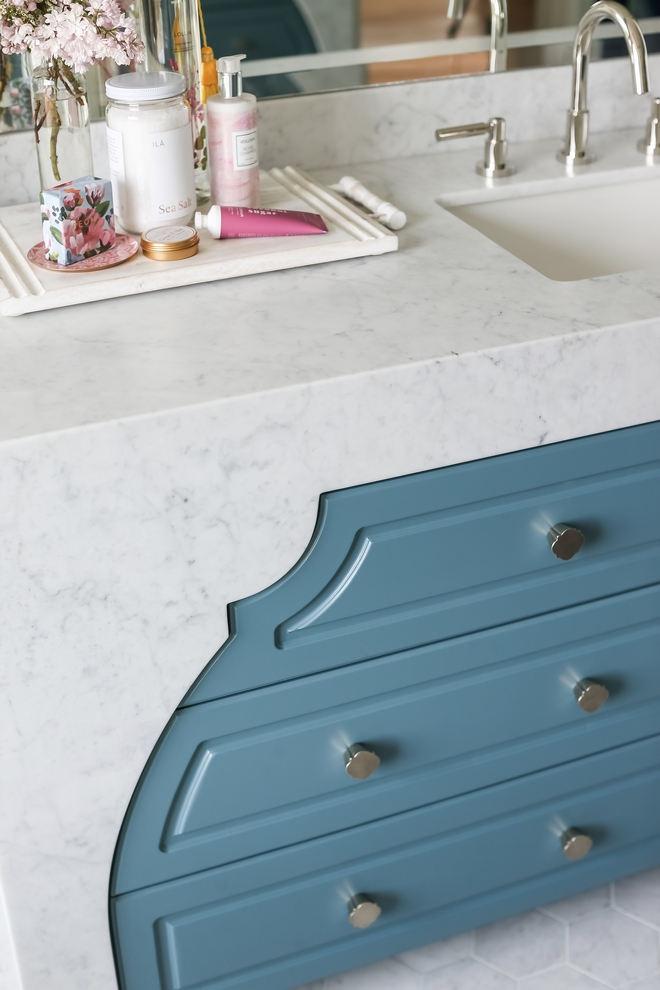 Vanity Countertop – Bianco Carrara Marble, Honed