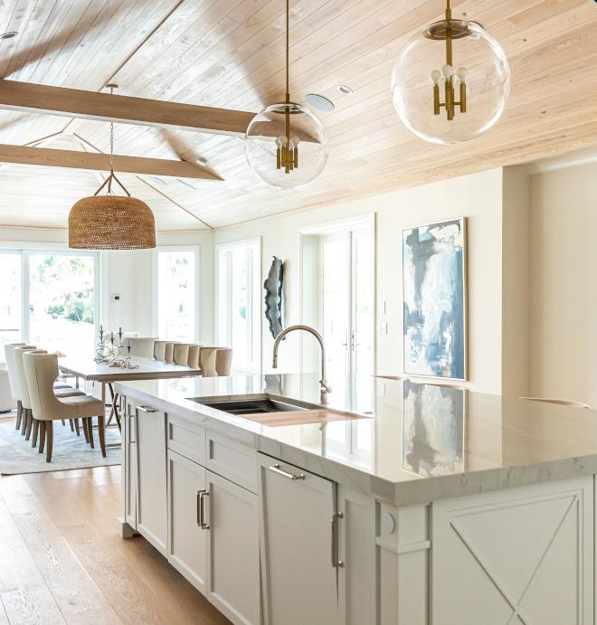 Benjamin-Moore-Decorators-White-Kitchen-Paint-Color