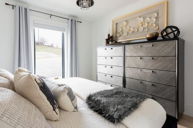 Bedroom-Dresser-Decor
