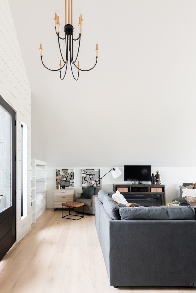 White Wall with Black Windows Paint Color Color Scheme Wall Paint Color Sherwin Williams Pure White Black Doors Black Windows Paint Color Sherwin Williams Tricorn Black