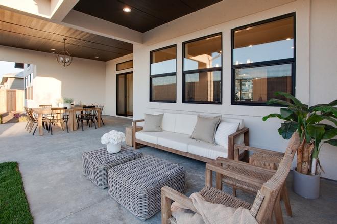 Patio Furniture Layout Ideas Outdoor Dining Area Outdoor Living Area