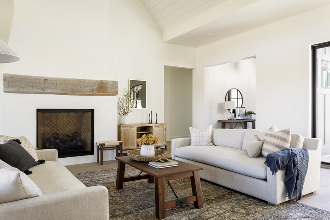 Creamy White Paint Color Alabastar by Sherwin Williams Off-white paint color