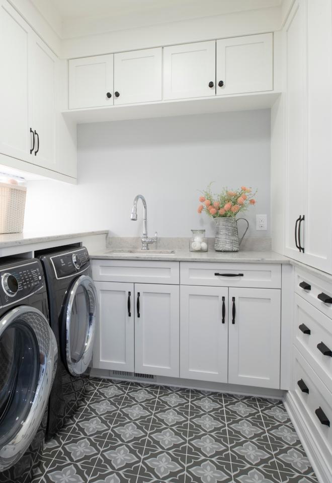 Benjamin Moore Snowfall White OC-118 Laundry Room Cabinet Paint Color Benjamin Moore Snowfall White OC-118 Laundry Room Cabinet Paint Color #BenjaminMooreSnowfallWhiteOC118 #LaundryRoom #Cabinet #PaintColor #BenjaminMooreSnowfallWhite #BenjaminMoore